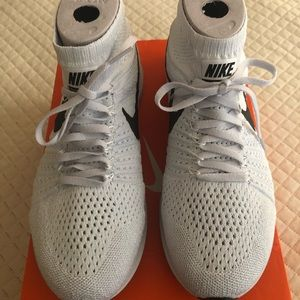 Nike Shoes - Nike Zoom All Out Flyknit